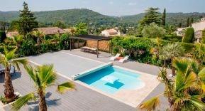 El buen tiempo favorece el repunte en la compra de cubiertas para piscina