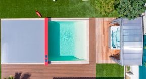 Las espectaculares cubiertas para piscina de Abrisud, a vista de pájaro