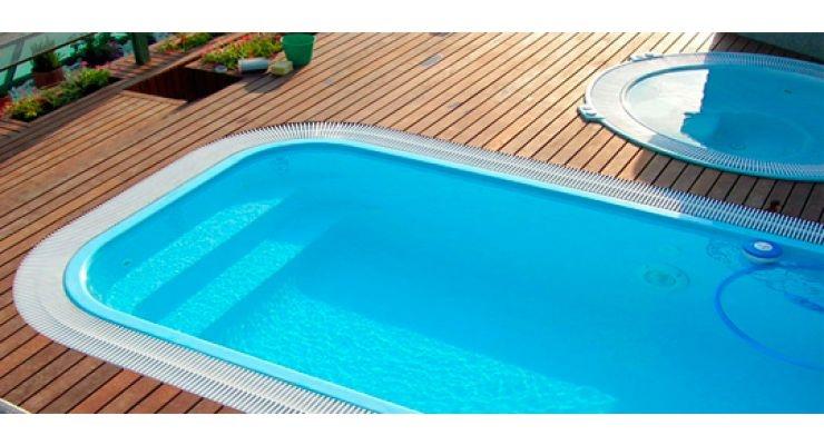 Piscinas desbordantes o de skimmer la web de las piscinas for Piscina desbordante precio